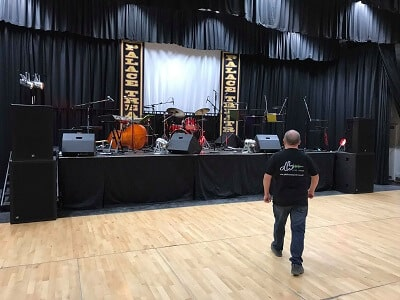 TOURS & CONCERT SYSTEMS